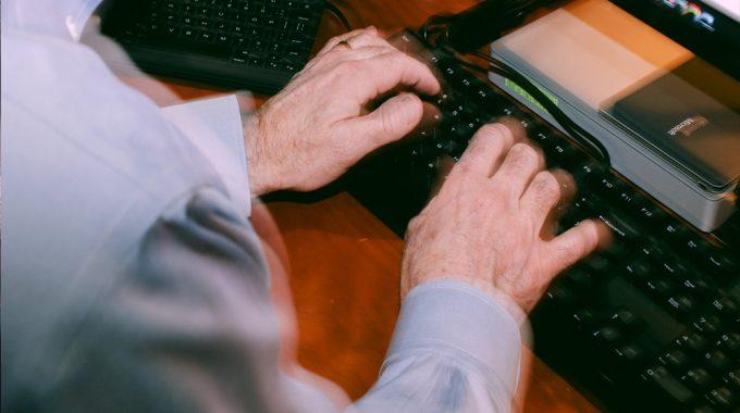A Major Digital Headache – Computer Viruses