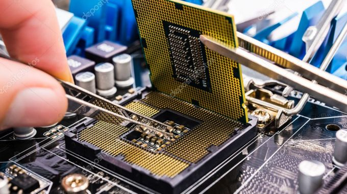 Computer Errors: Hire Repair Companies to Ensure Proper Working